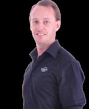 Markus-Irdal-profilbild-hemsida-halvkropp